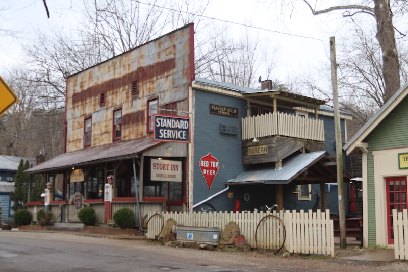 story inn street view